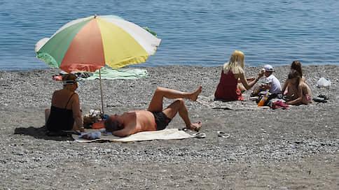 Туристов позвали в Крым  / Полуостров полностью открывается с 1 июля
