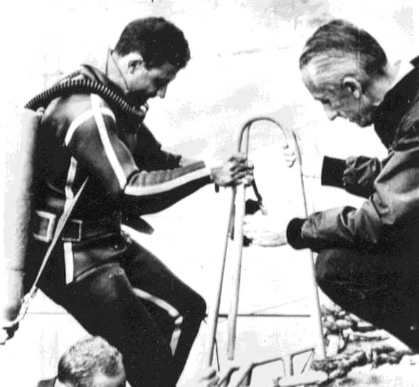 Кусто и его команда проводили исследования морской флоры и фауны, занимались съемкой и  фотографией. К достижениям команды «Калипсо» относятся подводные археологические исследования и фотографирование морского дна на глубине 7,2 км