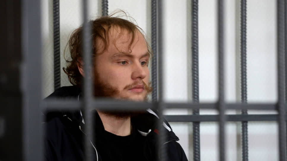 Антон Иванюженков