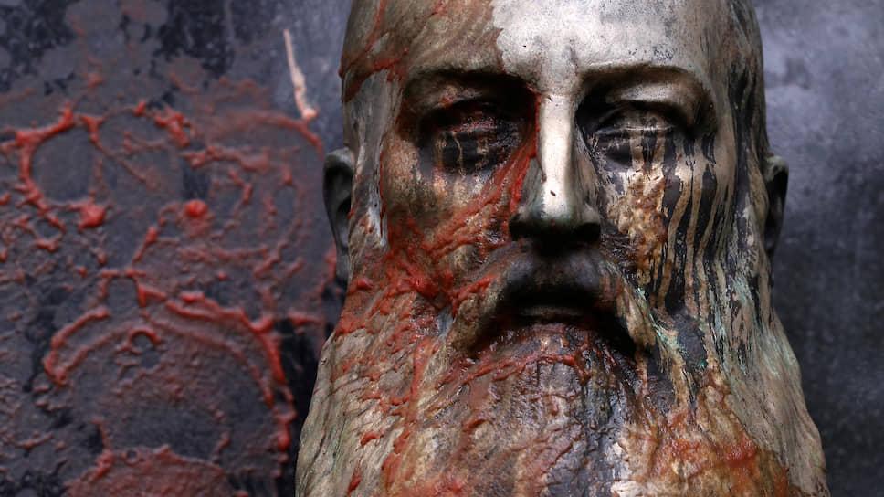 Статуя бельгийского короля Леопольда II в Генте (Бельгия)