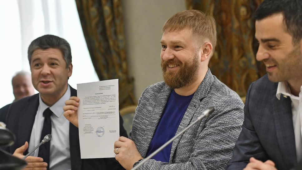 Член Общественной палаты Александр Малькевич (в центре)