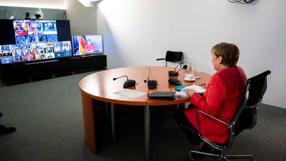 Канцлер Германии Ангела Меркель во время онлайн-саммита с лидерами ЕС