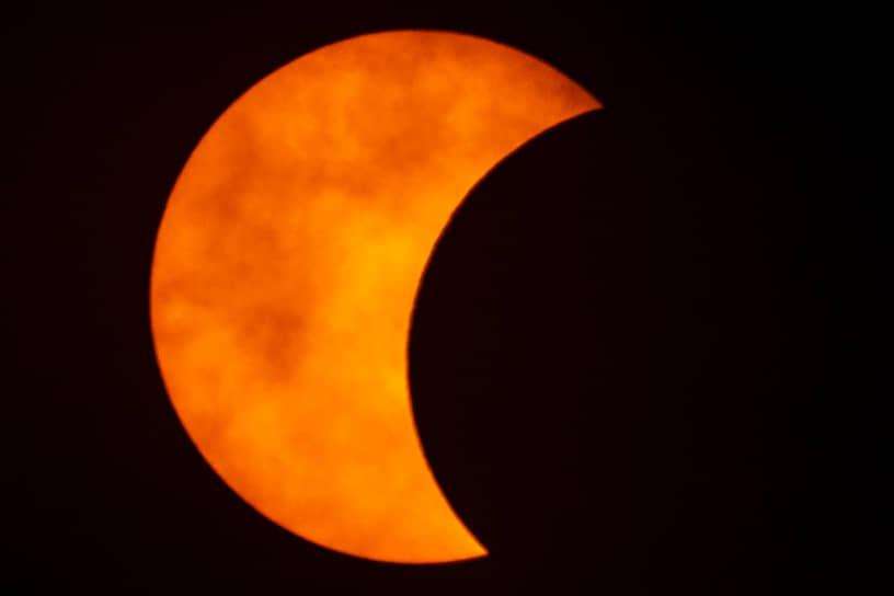 На территории России наибольшая фаза затмения была видна на юге Алтайского края, вблизи границы с Казахстаном, Китаем и Монголией