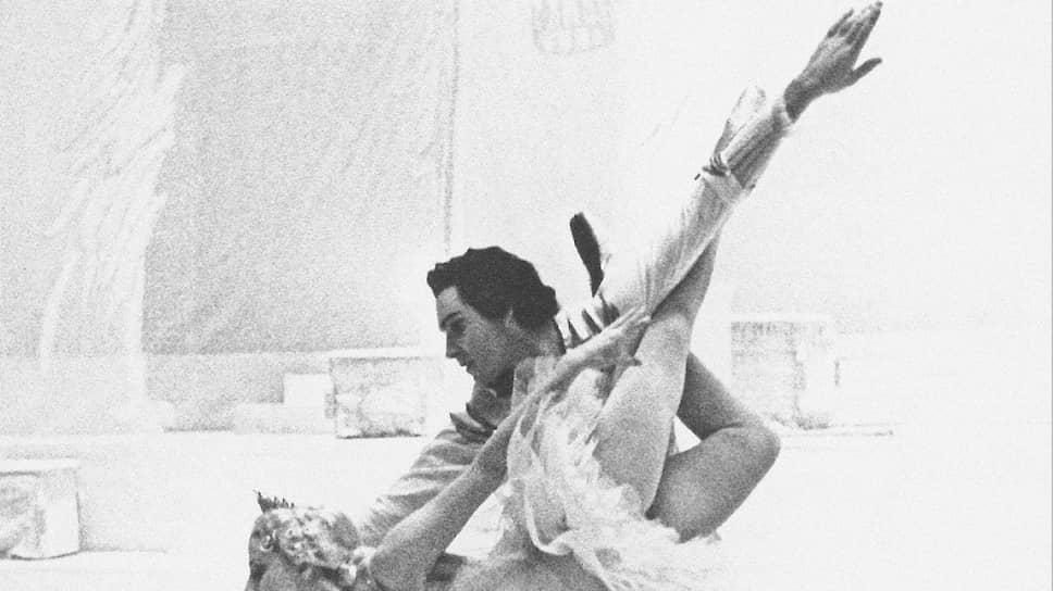 Николай Фадеечев с Майей Плисецкой в «Спящей красавице»