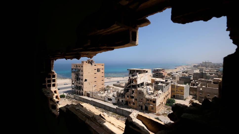 Пострадавший от боевых действий район в Бенгази