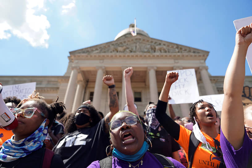 Франкфорт, США. Протесты в штате Кентукки