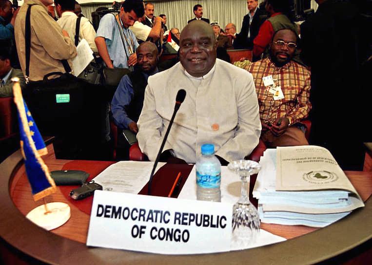 Лоран-Дезире Кабила стал президентом в результате Первой конголезской войны и свержения Мобуту, но пробыл в должности меньше четырех лет