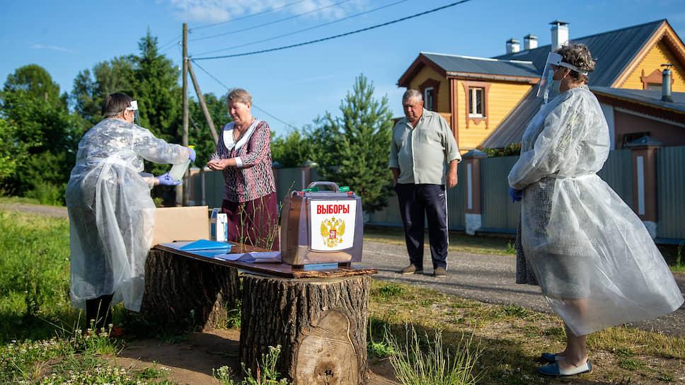Передвижной избирательный участок в деревне Турово