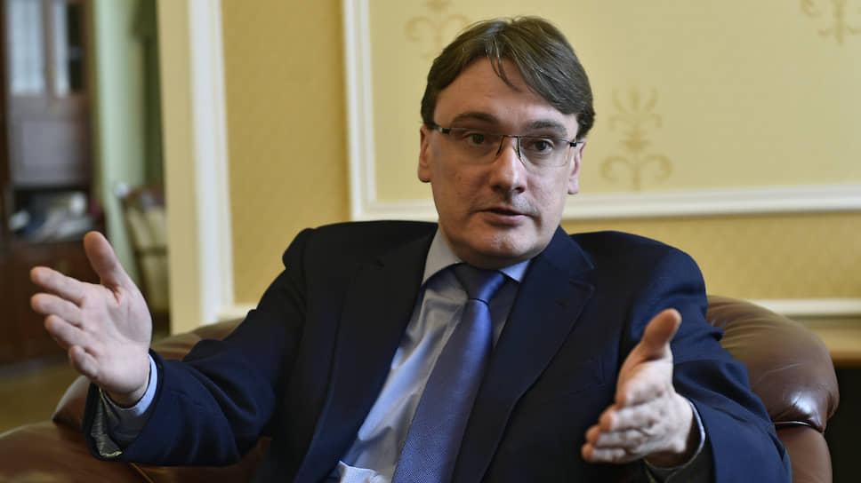 Замглавы МИД РФ Евгений Иванов — о планах по либерализации визового режима