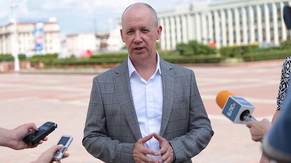 Кандидат в президенты Белоруссии Валерий Цепкало