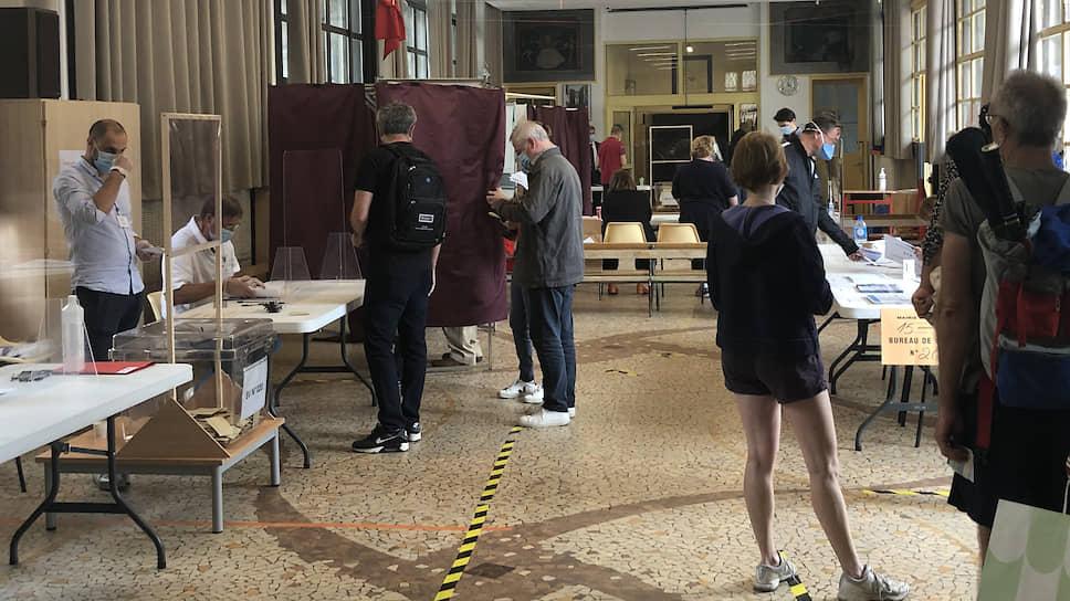 Голосование на муниципальных выборах во Франции