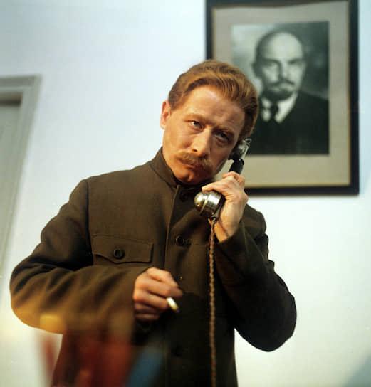 Всего Виктор Прсокурин снялся в более чем 130 фильмах и сериалах <br> На фото: в роли Сталина в фильме «Повесть непогашенной луны» (1990)