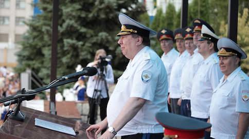 Полицейское следствие осталось без генерала / Ушел в отставку еще один заместитель главы следственного департамента МВД