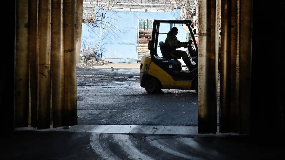 Девелоперы придержат склады