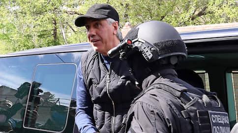 Анатолию Быкову собрали ОПС // Бывший красноярский депутат обвинен в создании организации для убийств