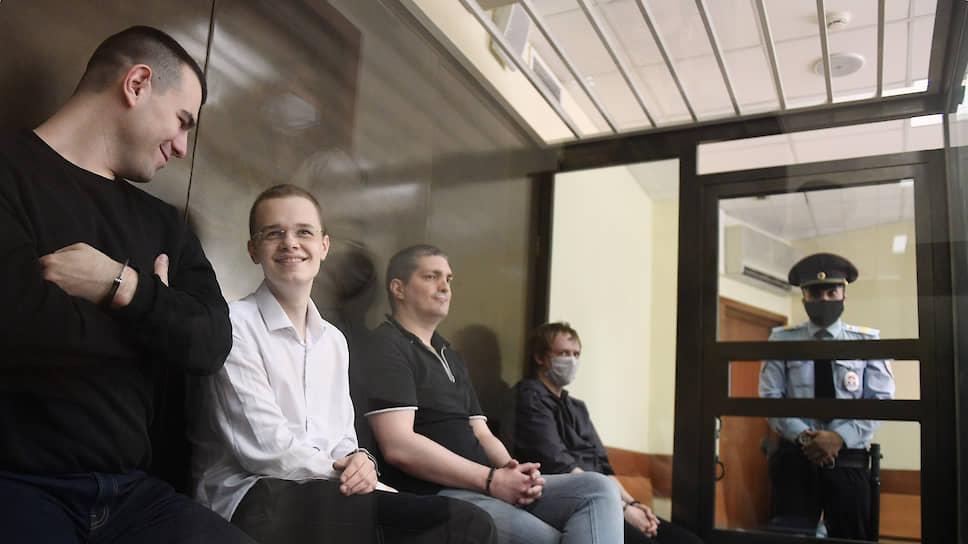Слева направо: Руслан Костыленков, Вячеслав Крюков, Петр Карамзин и Дмитрий Полетаев