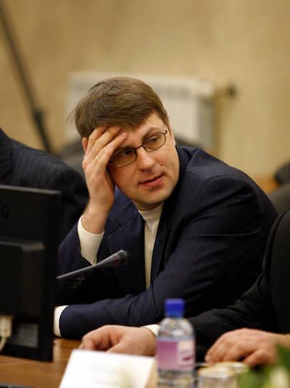 7. Николай Буйнов (Иркутская нефтяная компания, более 64%) — с $1,4 млрд до $2,1 млрд (51%)