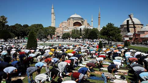 Эрдоган открыл двери Айя-Софии