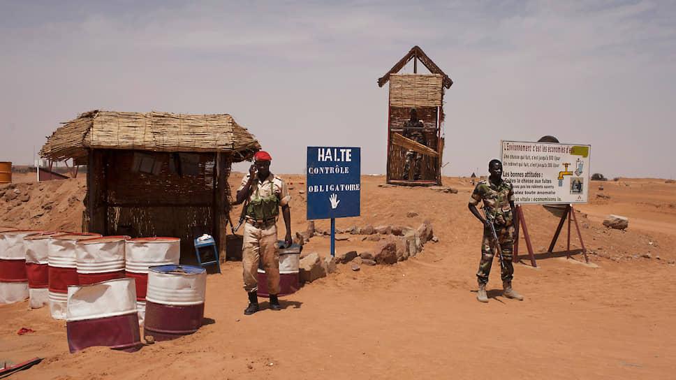 Нигер занимает пятое место в мире по добыче урана. На урановорудный район Арли на северо-западе страны приходится 5,44% мировой добычи урана