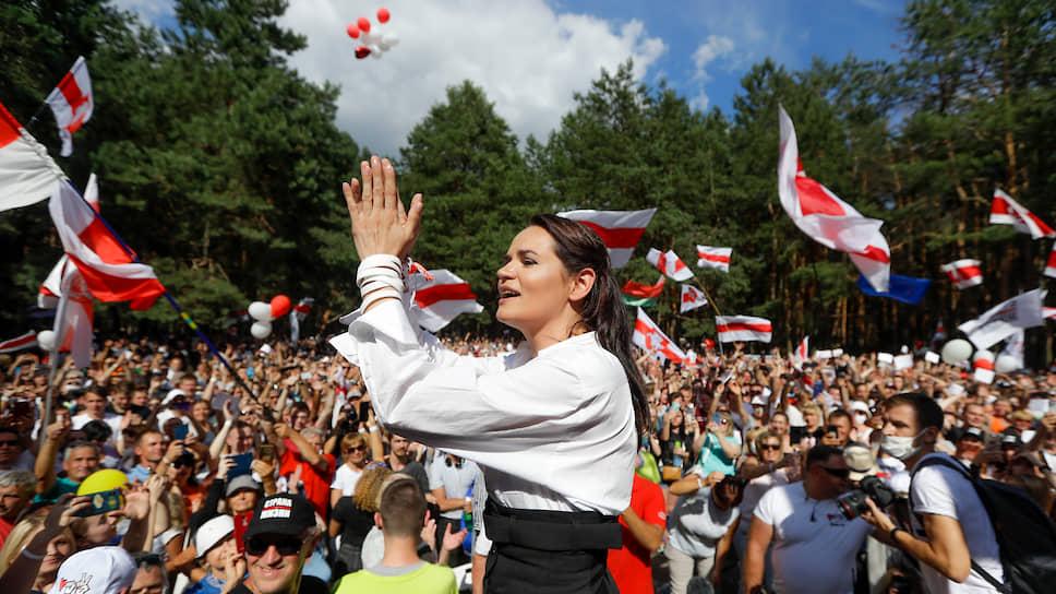Как прошел предпоследний перед выборами митинг белорусской оппозиции