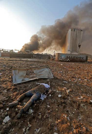 Бейрут объявлен городом бедствия, правительство ввело в стране двухнедельный режим чрезвычайного положения