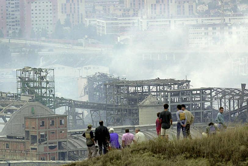 21 сентября 2001 года близ французской Тулузы на заводе удобрений взорвался склад с 300 тоннами аммиачной селитры, принадлежавший компании Grande Paroisse. Погиб 31, были ранены более 10 тыс. человек