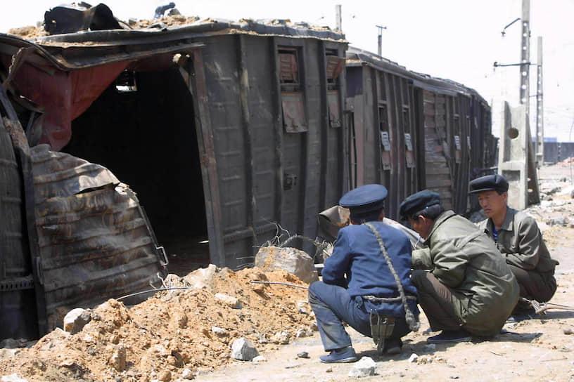 22 апреля 2004 года на железнодорожной станции в северокорейском городе Рёнчхон произошел обрыв электрического кабеля, который упал на товарный вагон с аммиачной селитрой. Произошло возгорание и взрыв, в результате чего сдетонировали соседние четыре вагона с селитрой и бензином