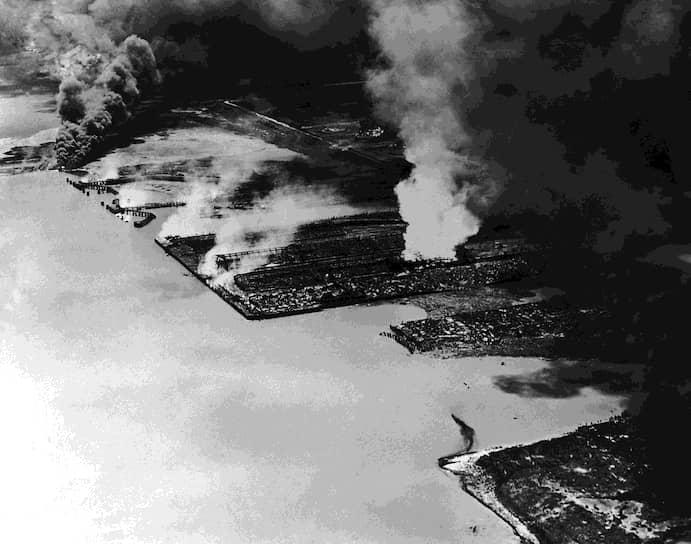 Крупнейшим по числу жертв взрывом минеральных удобрений считается детонация французского судна с грузом 2,1 тыс. тонн аммиачной селитры в порту города Тексас-Сити (Техас, США) 16 апреля 1947 года