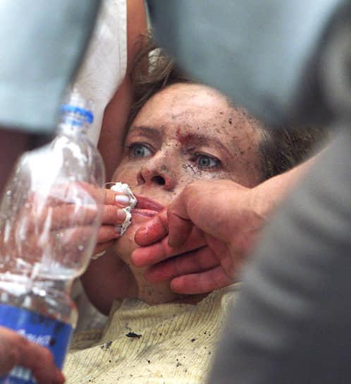 Около 120 человек, в том числе шестеро детей, получили ранения разной степени тяжести