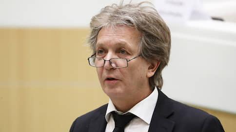 Не кукольное дело // Директора Большого театра кукол в Санкт-Петербурге приговорили к трем годам условно за мошенничество