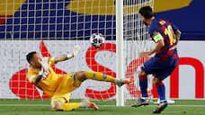 Лионель Месси падал и забивал  / «Барселона» прошла «Наполи» в Лиге чемпионов