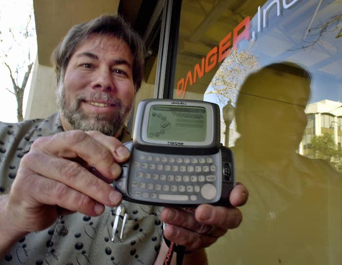 После прекращения активной работы в Apple он основал ряд высокотехнологичных компаний. К примеру, создал компанию по разработке систем удаленного доступа для использования в бытовых компьютерах