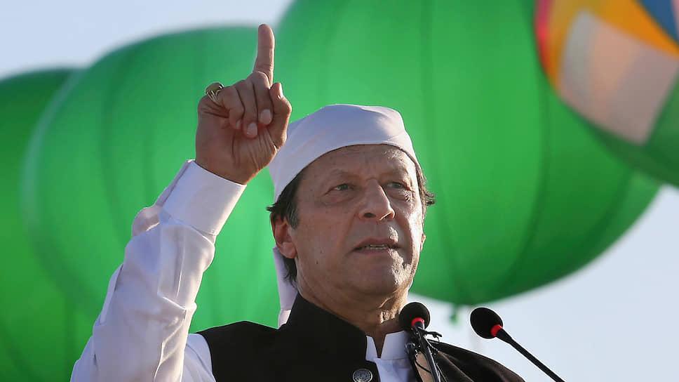 Премьер-министр Пакистана Имран Хан во время обращения к нации высказался против индийских притязаний на Кашмир