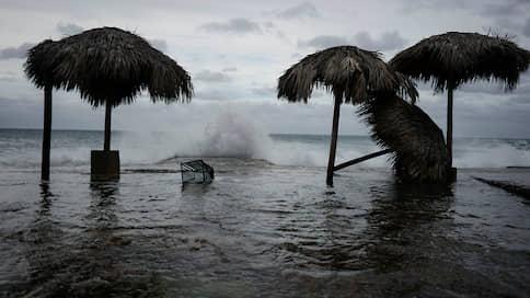 «Лаура» настигла Карибский бассейн