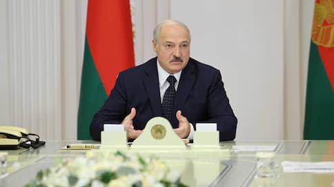 Александр Лукашенко извлек уроки из истории // Президент Белоруссии готовится отражать атаку с запада