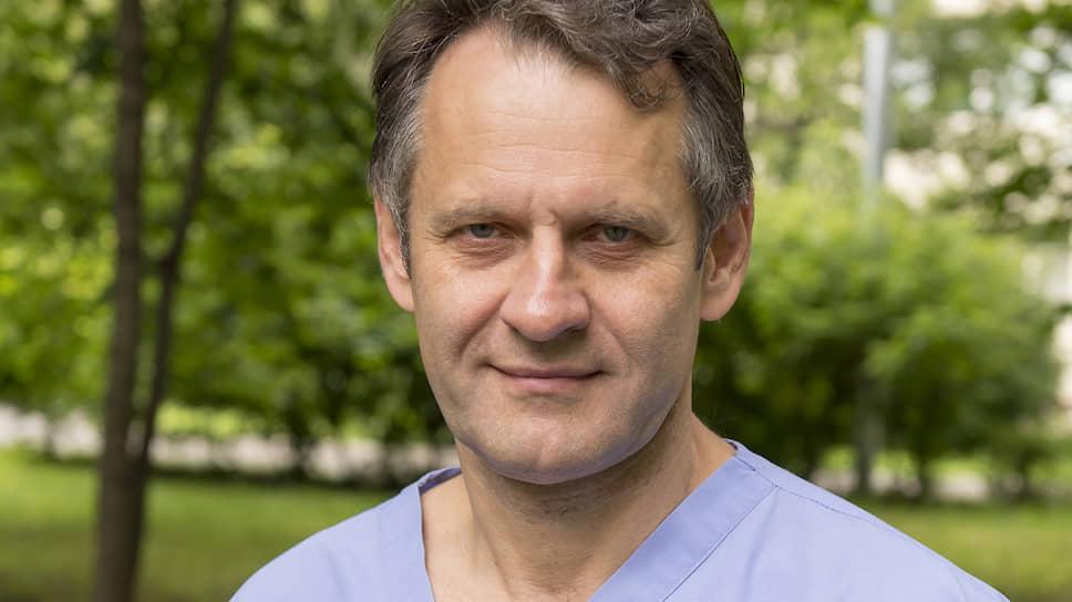 Заместитель главного врача 52-й больницы Сергей Царенко о том, как в России лечат и чем будут прививать от коронавируса