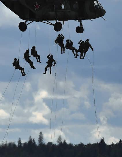29 августа. Кубинка. Показательные выступления ВДВ в рамках военно-технического форума «Армия-2020»