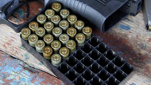 У помощника командующего и выхолощенный Glock стреляет как боевой  / Офицеру инкриминируют незаконный оборот оружия