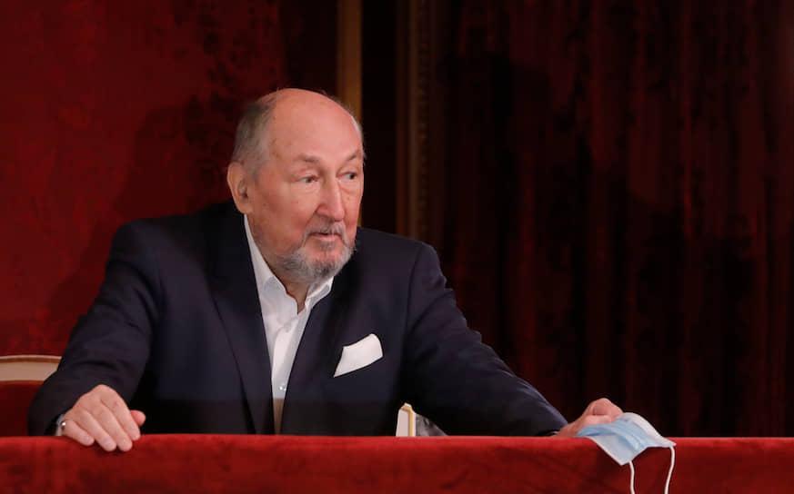 1 сентября 2020 года Борис Клюев скончался в Москве на 77-м году жизни <br> На фото: актер на собрании труппы Малого театра 1 августа 2020 года