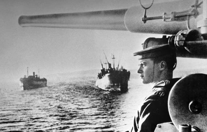 8 августа 1945 года СССР в соответствии с обязательствами, взятыми на Ялтинской конференции, объявил Японии войну. На следующий день началось наступление на линии китайской границы. Общая протяженность фронта превысила 4,5 тыс. км