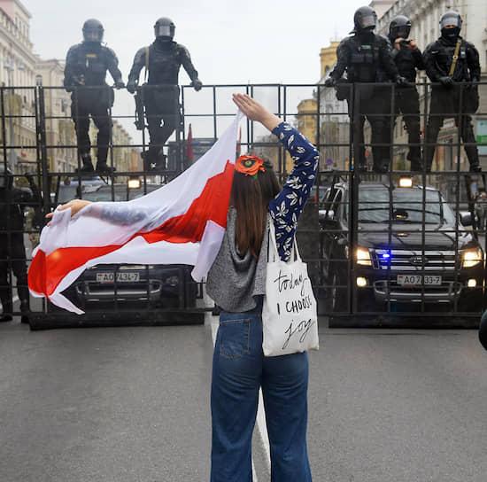 Силовики во время «Марша единства» в Минске 6 сентября