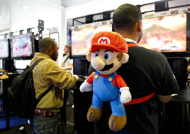 Во всем мире с 1985 года было продано свыше 639 млн игр с Марио, что сделало серию самой успешной среди  видеоигр