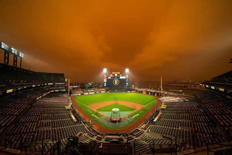 Бейсбольный стадион «Оракл-парк» в пригороде Сан-Франциско