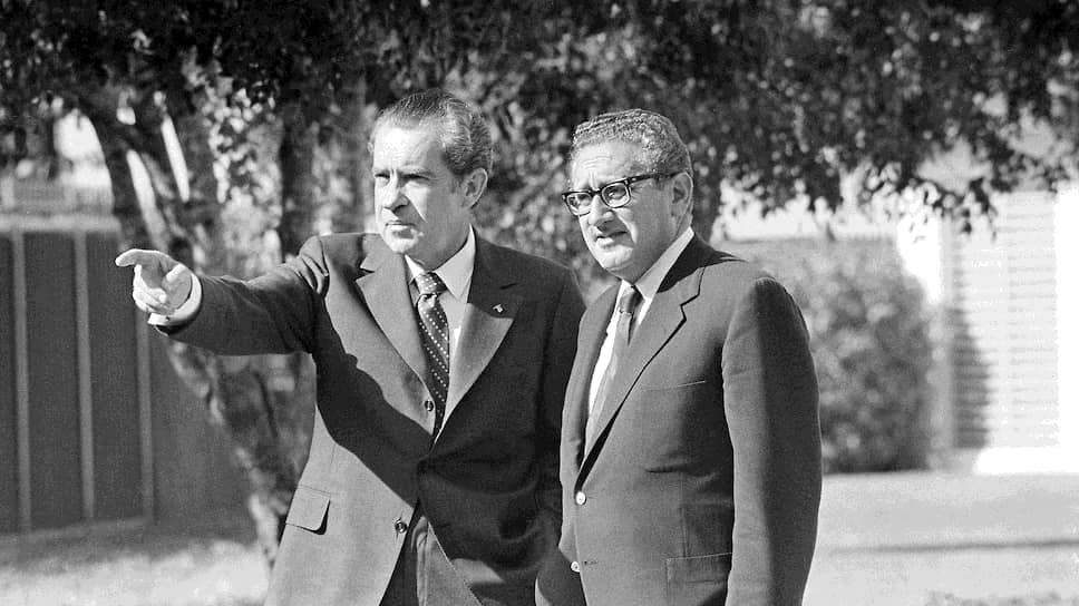 Ситуация в Иордании была постоянной темой разговоров президента США Ричард Никсон (на фото слева) с его помощником по национальной безопасности Генри Киссинджером