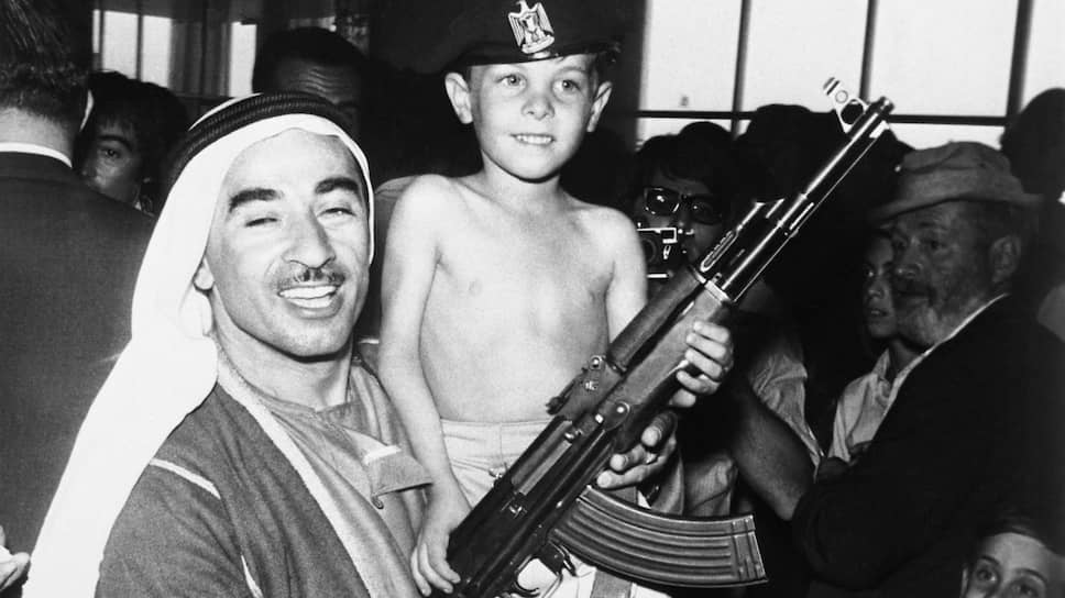 """Шестилетний Ярон Рааб, сын раввина из штата Нью-Джерси в амманском отеле """"Интерконтиненталь"""". Вместе с ним в заложниках побывали его мать и четверо братьев и сестер"""