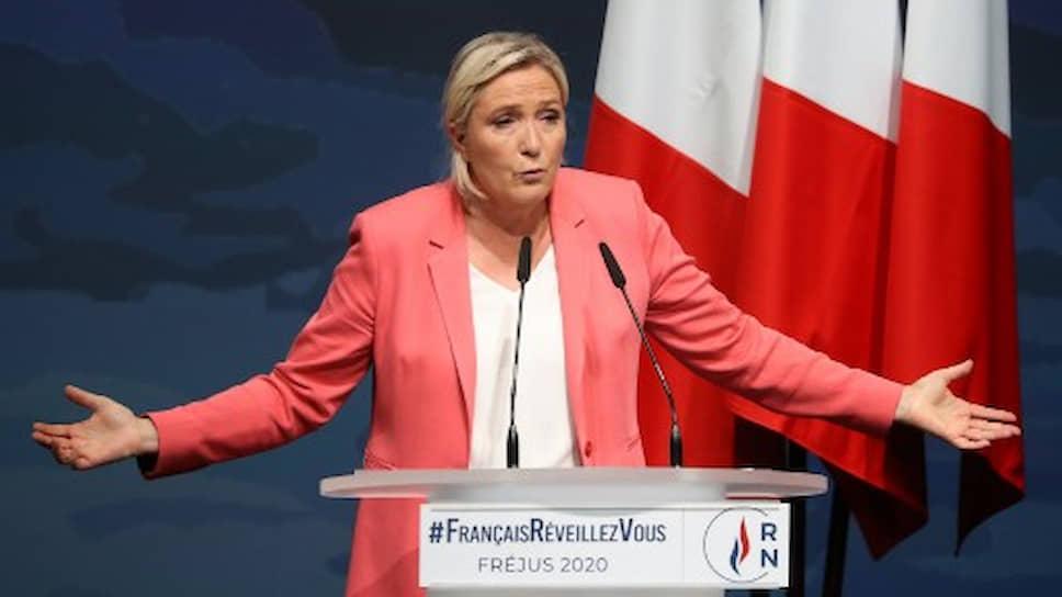 Глава «Национального объединения» Марин Ле Пен традиционно сделает тему безопасности центральной в своей избирательной кампании