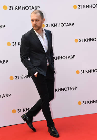 Актер Денис Шведов