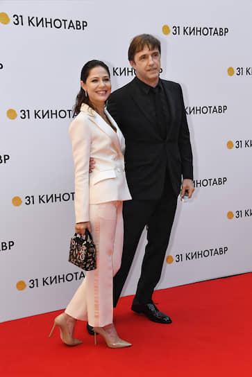 Актеры Елена Лядова и Владимир Вдовиченков