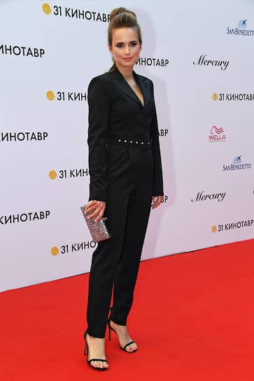 Актриса Соня Карпунина