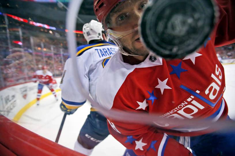 22 февраля 2020 года Александ Овечкин забросил свою 700-ю шайбу в НХЛ, став седьмым игроком, добившимся этого результата за всю историю лиги